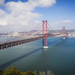 itineraire-visiter-portugal-incontournables-Ponte25deabril